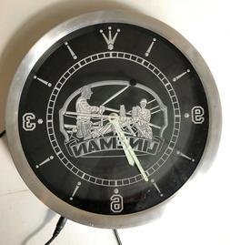 AdvPro Power Lineman Vintage Design Illuminated Wall Clock E