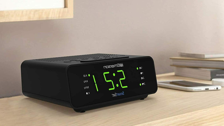 """Emerson Clock w/AM/FM,0.9"""" Large"""
