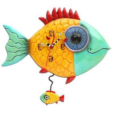 wide eyed fishy clock